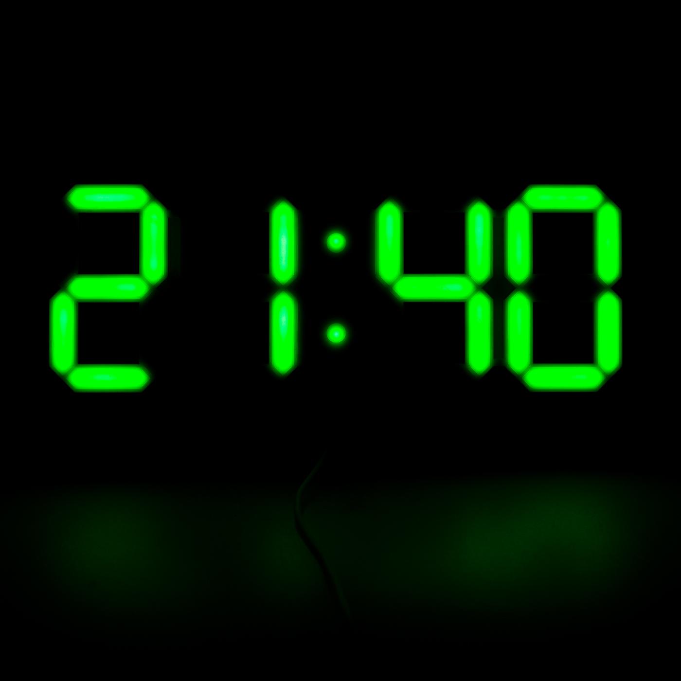 Digitale LED Wanduhr Uhr Leuchtuhr in 4 Farben Büro Wartezimmer Digital aus DE  eBay
